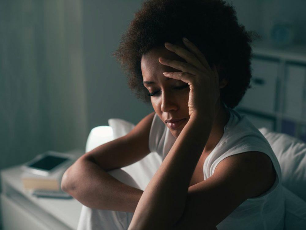 Pourquoi se réveille-t-on en pleine nuit: vous faites de l'apnée du sommeil (peut-être même sans le savoir).