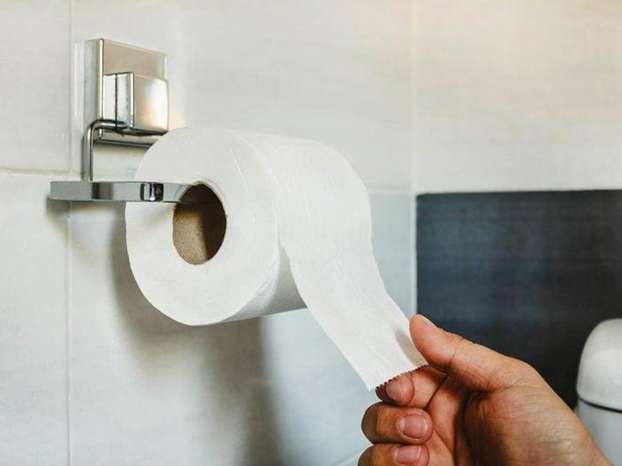 Pourquoi se réveille-t-on en pleine nuit: vous allez souvent aux toilettes.