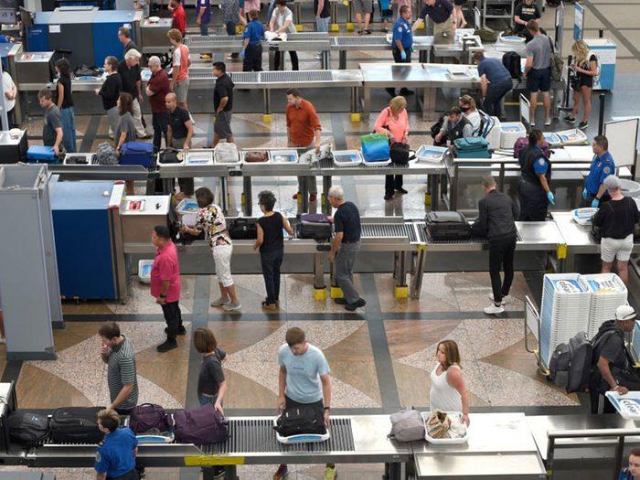 Vous ne verrez plus de mesures de sécurité gratuites dans les aéroports.