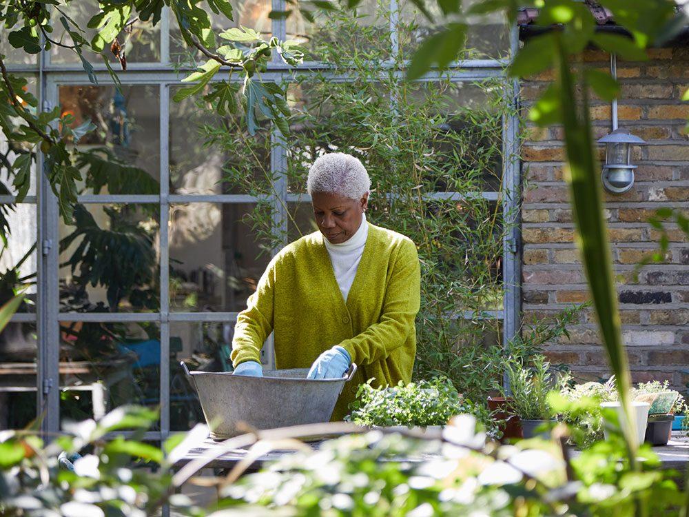 Le jardinage est bon pour votre cerveau et pour garder votre esprit alerte.