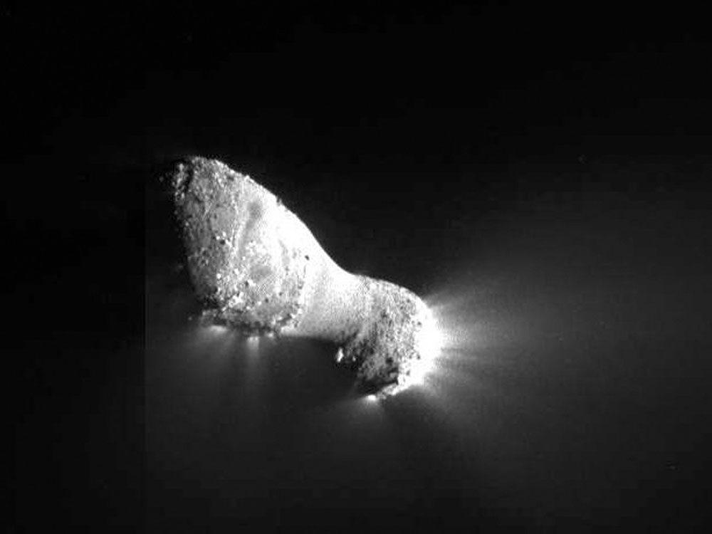 Exploration spatiale et visite de comètes.