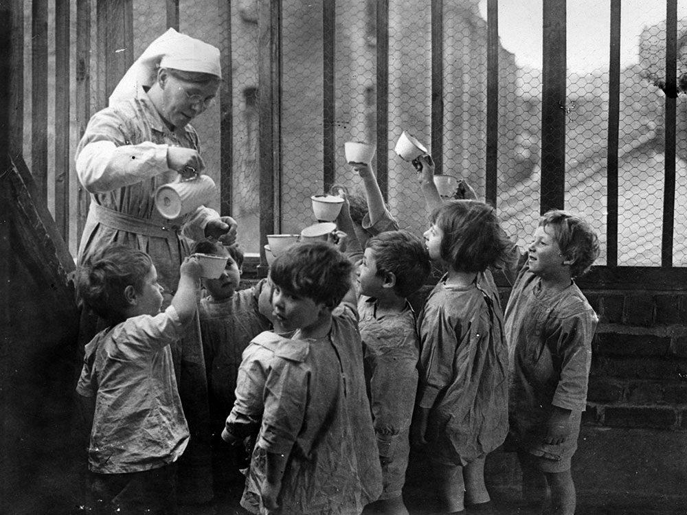 Les infirmières étaient aussi des gardiennes en temps de guerre.
