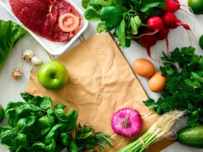 Révisez vos habitudes alimentaires pour prévenir la maladie d'Alzheimer.