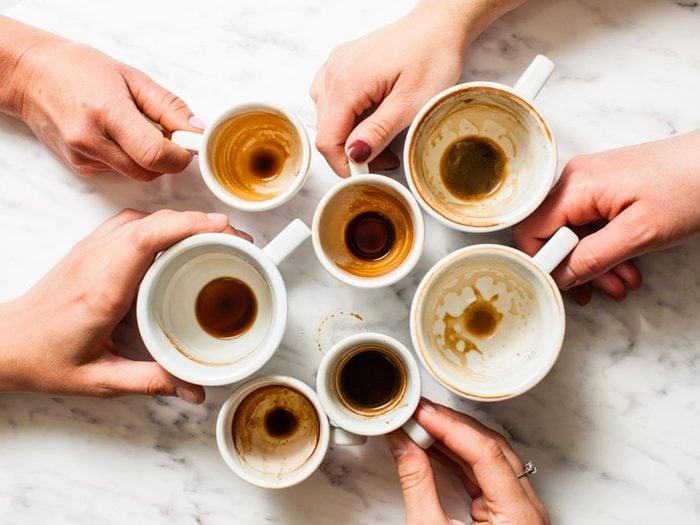 Buvez du café pour prévenir la maladie d'Alzheimer.