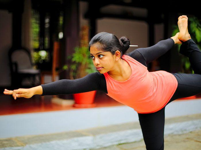 Perte de poids: faites du yoga comme en Inde.