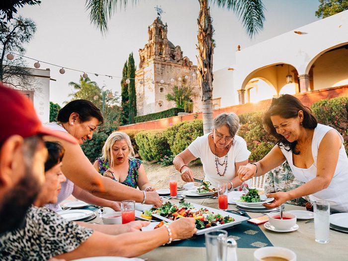 Perte de poids: faites du dîner le plus grand repas comme au Méxique.