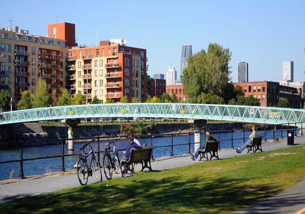 La piste cyclable la Piste des Berges (Montréal).