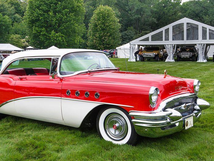 En 1952, la voiture Buick Roadmaster sortait.