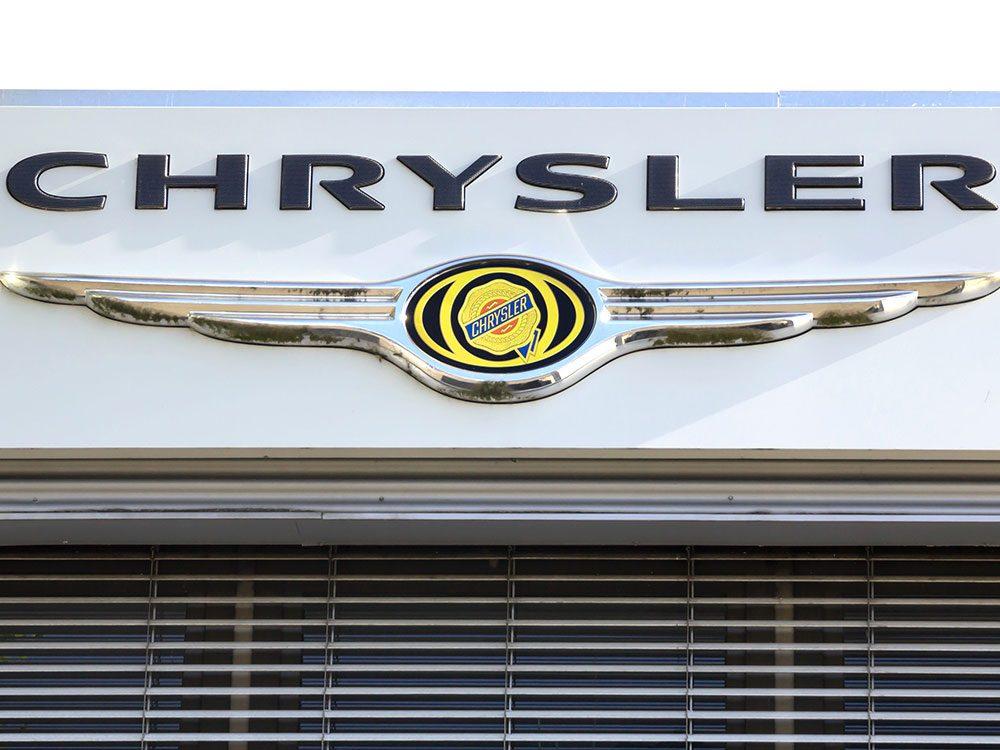 La voiture Chrysler Town&Country est sortie en 1997.