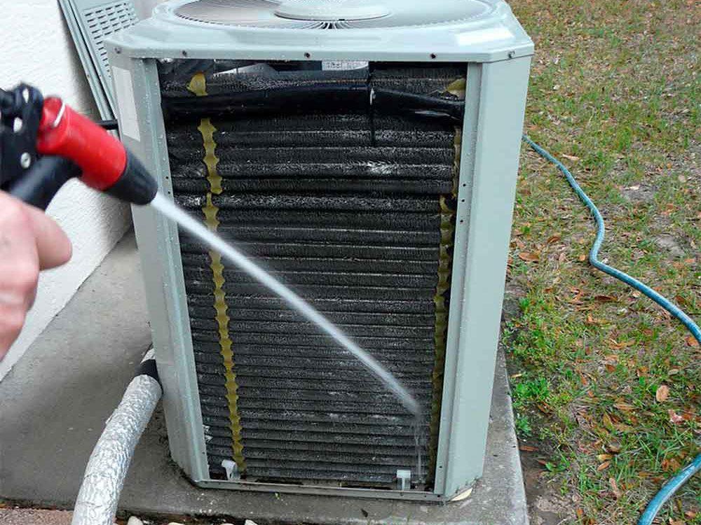 Vous n'avez pas besoin de nettoyer les serpentins et les ailettes de votre air climatisé.