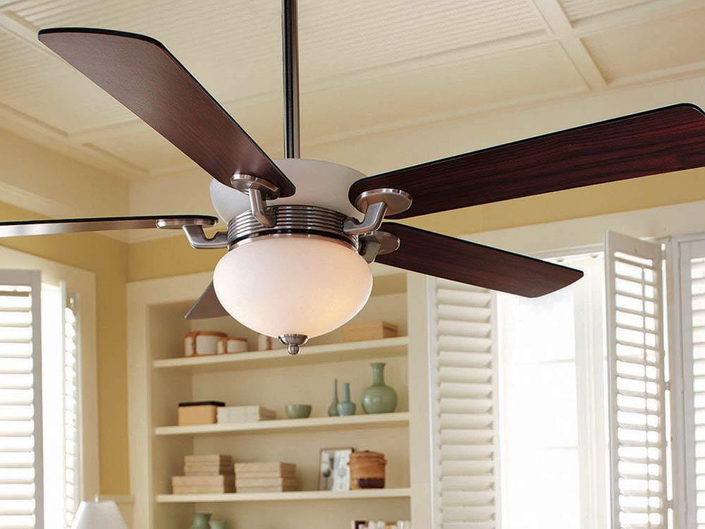 Mythe sur l'air climatisé: les ventilateurs vous refroidiront.