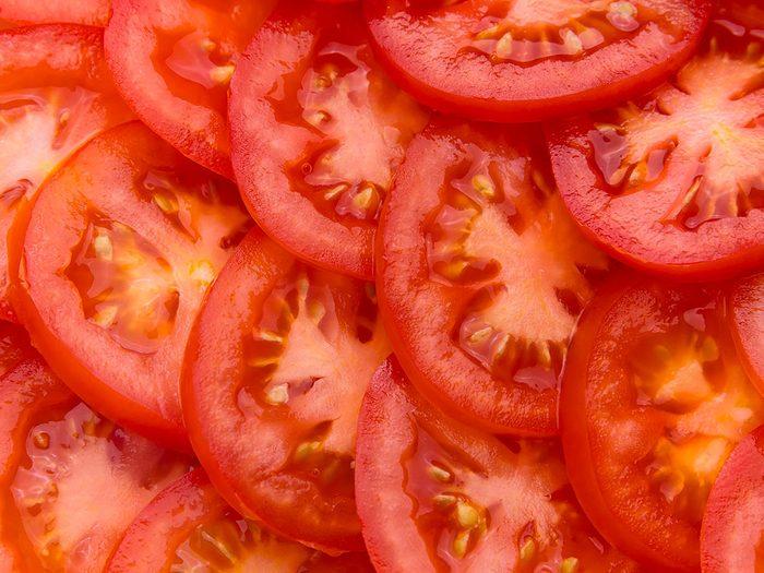 Les tomates est l'un des aliments pour s'hydrater.