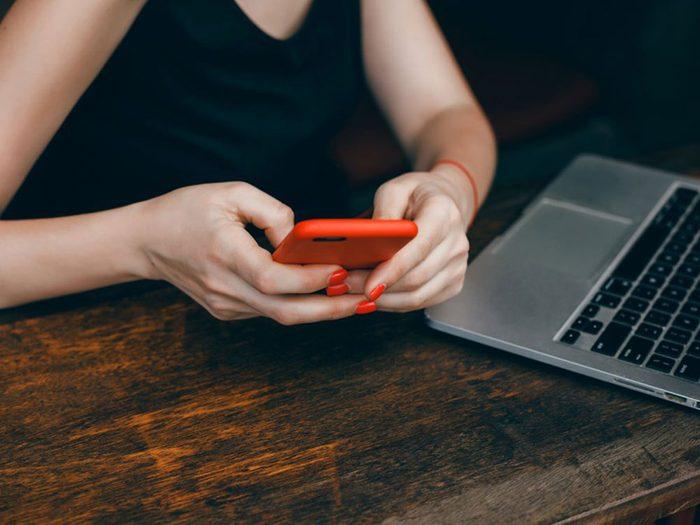 Téléphone cellulaire: vous avez cliqué sur un lien étrange dans un texto.
