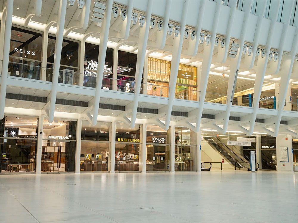 Le centre commercial du World Trade Center actuellement abandonné.