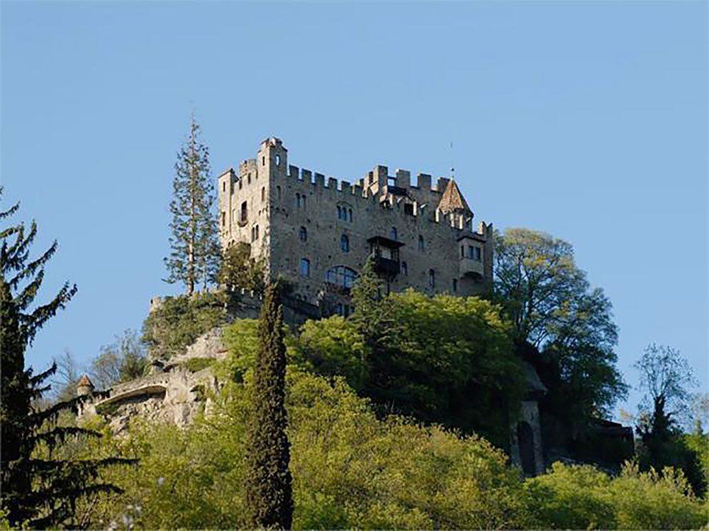 Château de Brunnenburg, Italie.