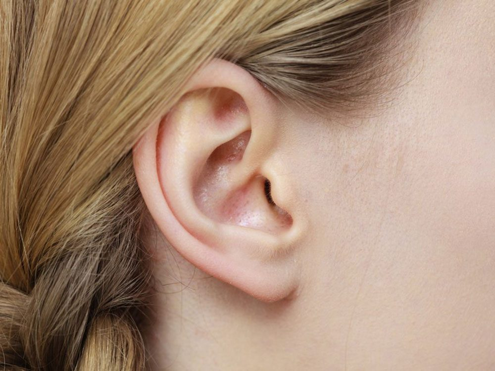 L'oreille du nageur est l'un des dangers de l'été à surveiller.