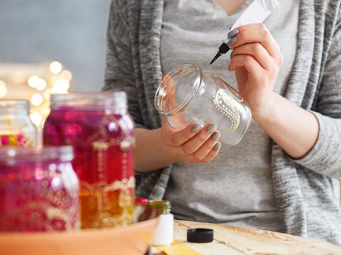 S'adonner au DIY (Do It Yourself) est l'une des bonnes habitudes à conserver après le déconfinement.