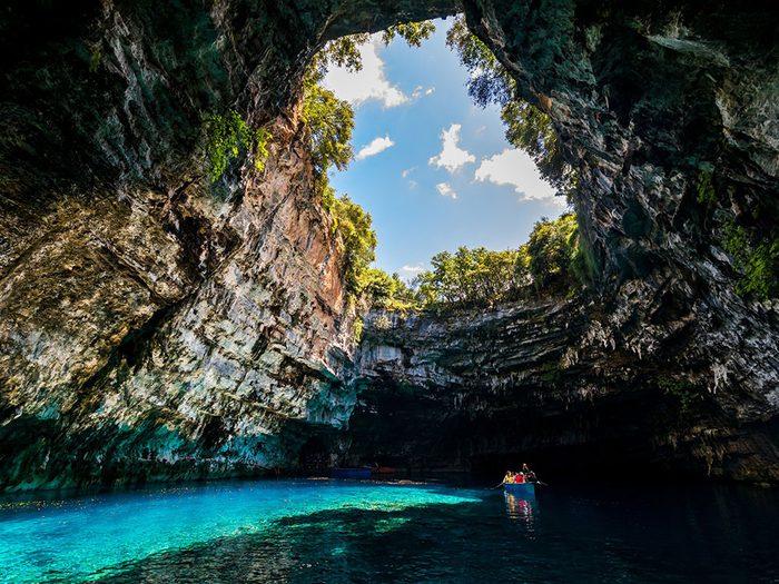 La grotte de Melissani.
