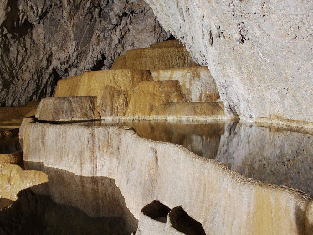 La grotte de Stopića.