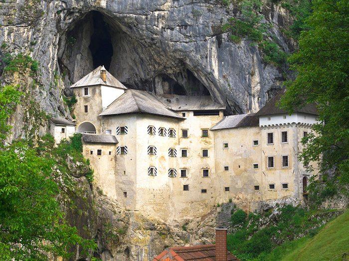 la grotte de Postojna.