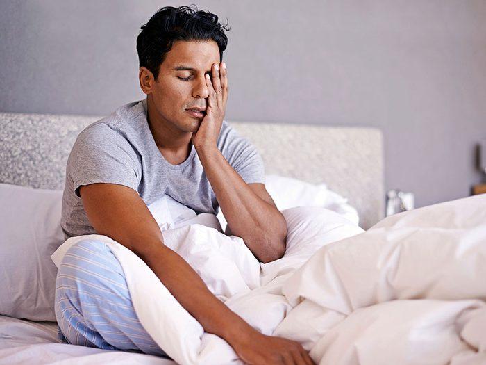 Vous ne dormez pas assez, ce qui ralentit votre métabolisme.