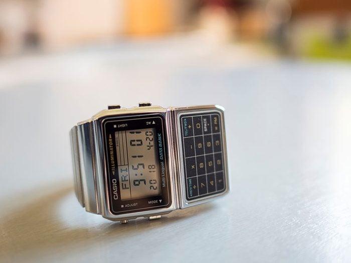 Les montres sont des objets vintages.