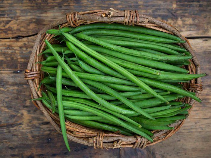 Les haricots verts font partie des légumes qui poussent en un temps record dans le potager!