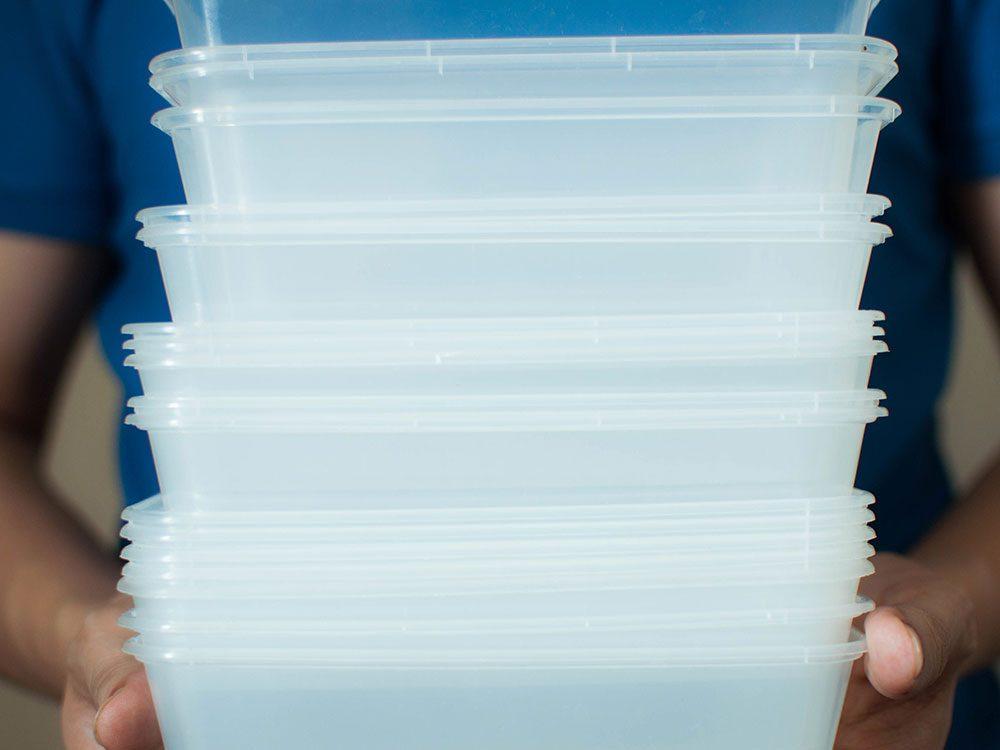 Les contenants à emporter sont réutilisables.