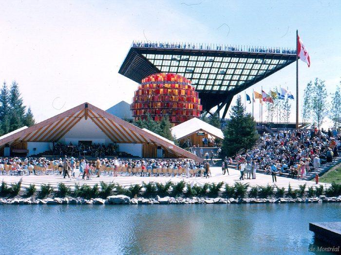 Québec d'autrefois: le pavillon du Canada, Exposition universelle, 1967.