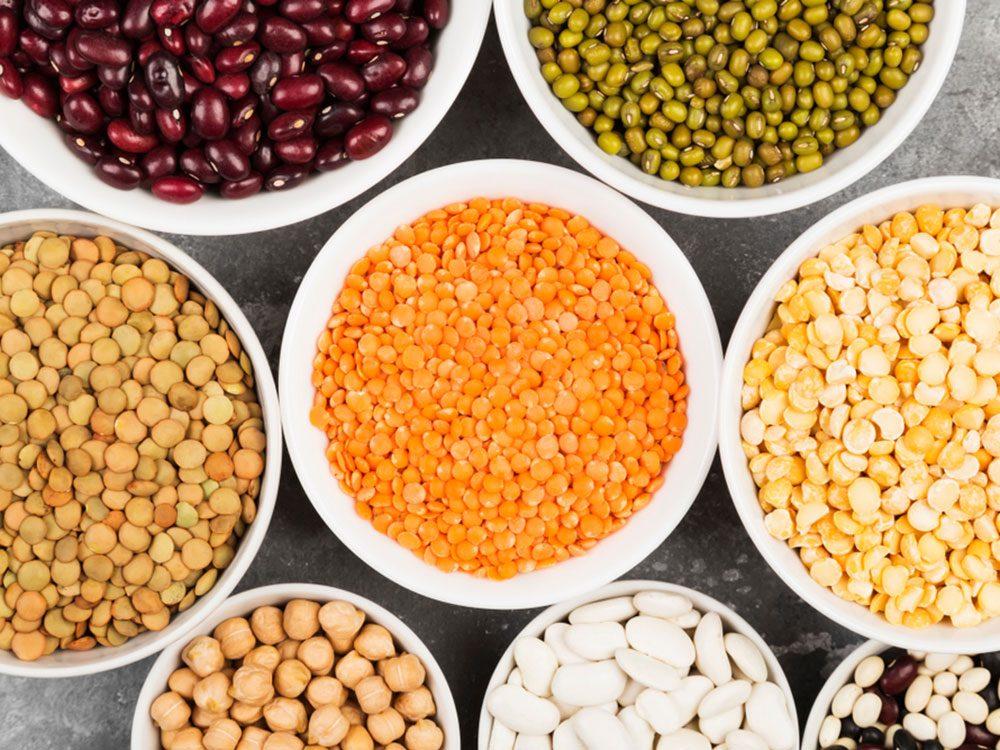 Les haricots font partie des aliments à éviter avant un entraînement.