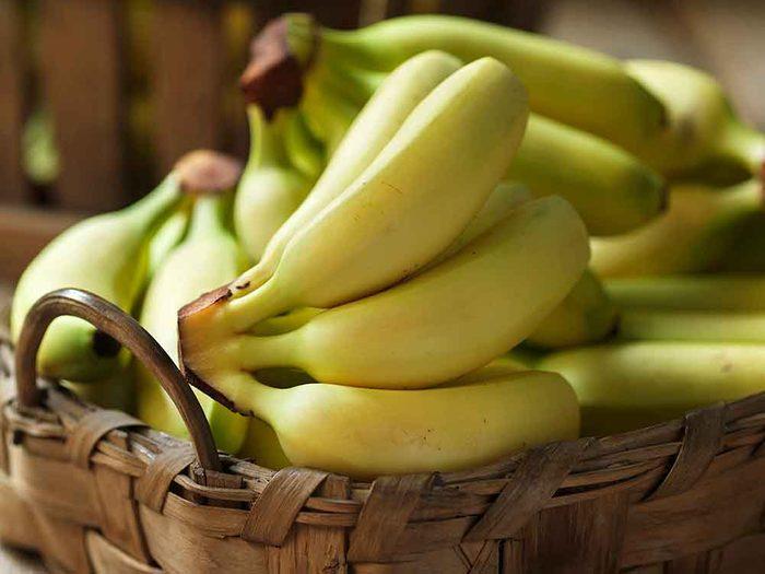 Comment conserver des aliments périssables tels que les bananes?