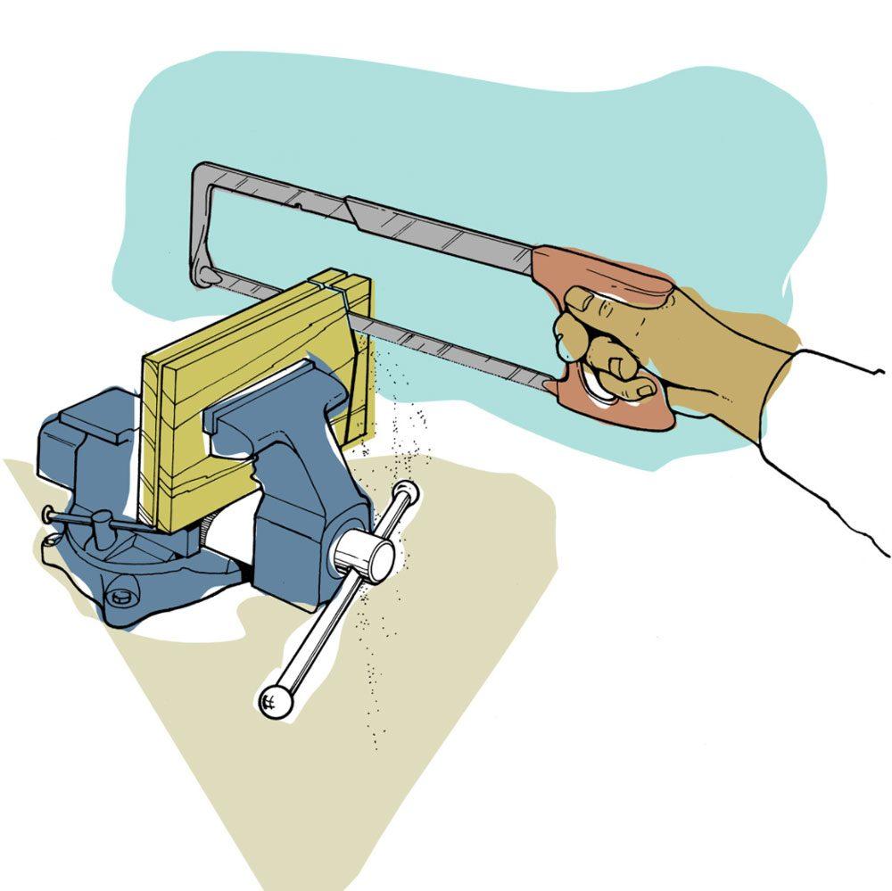 Astuces de bricolage: couper de la tôle avec une scie à métaux.