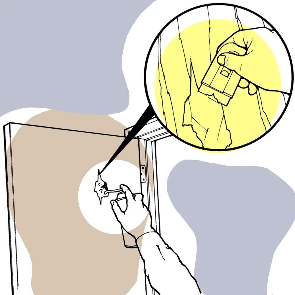 Astuces de bricolage: réparer un trou dans une porte creuse.