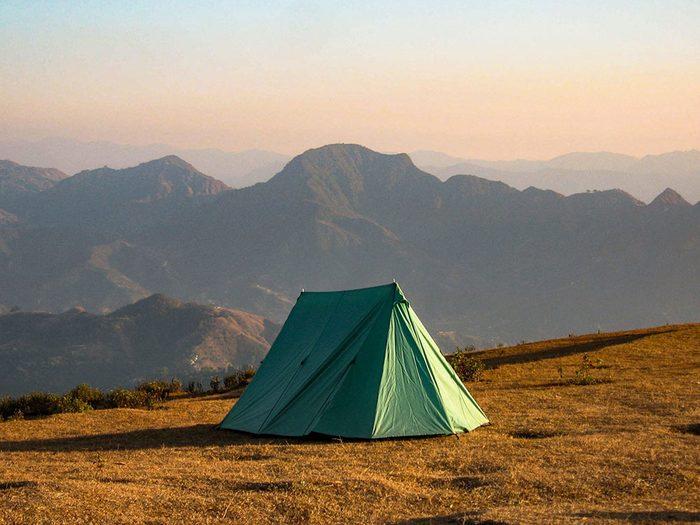 Conseils de base pour du camping en contexte de pandémie.