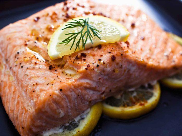 Le régime alimentaire peut également affecter l'apparence de la cellulite.