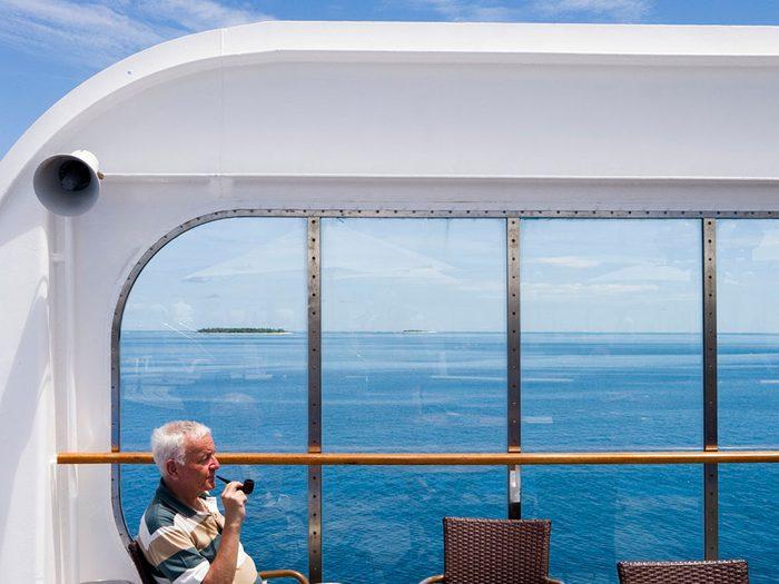 Fumer sur le navire ne sera plus possible lors d'une croisière.