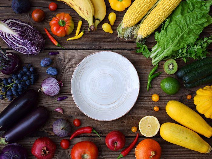 Prioriser les aliments entiers pour éviter de grignoter.