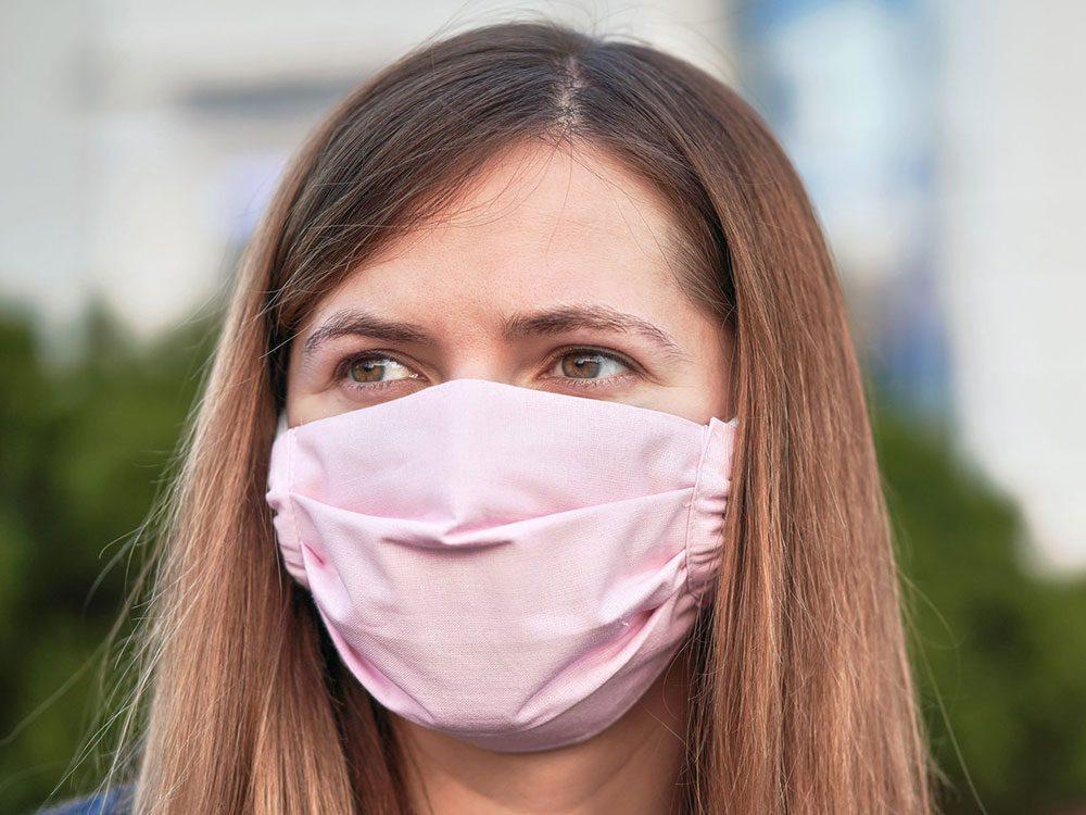 Ne pas laver son masque de protection.