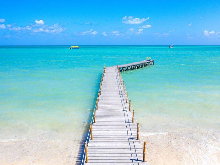 Photo aérienne de drone de la plage South Beach, à Miami.