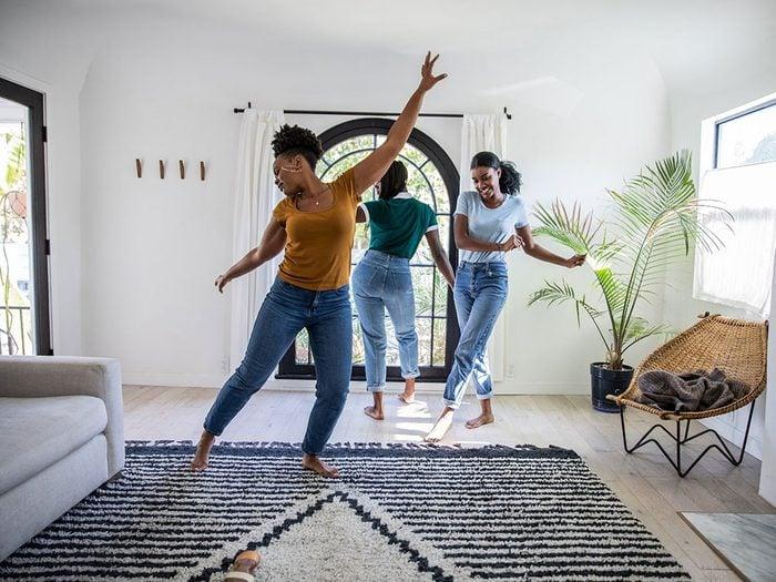 Apprendre à danser quand on s'ennuie.