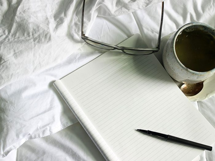 Faire une liste de souhaits à exaucer quand on s'ennuie.