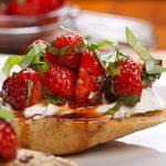 Bruschetta aux fraises et Bocconcini