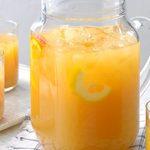 Thé glacé au miel et aux agrumes