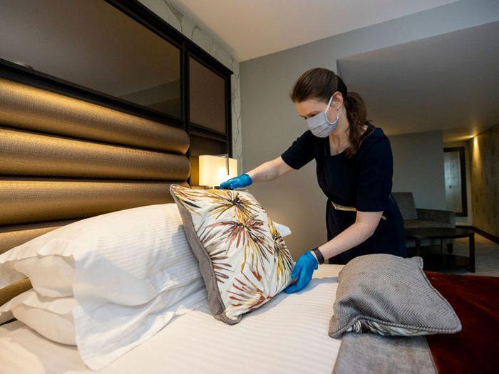 Comparerz les politiques de nettoyage pour votre réservation à l'hôtel.