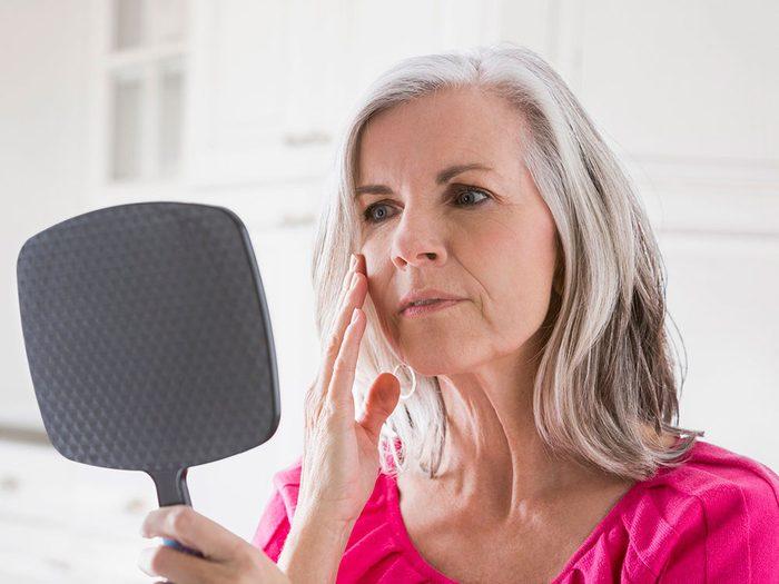 Soins de la peau et ralentissement du vieillissement.