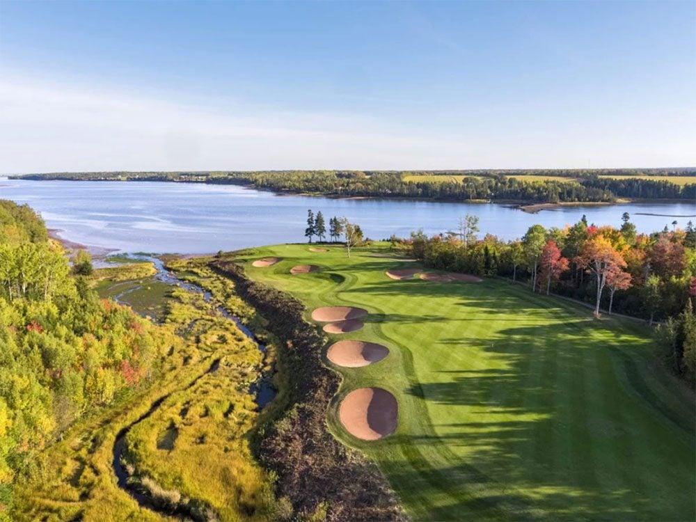 Le club Dundarave fait partie des terrains de golf à moins de 100$ au Québec et au Canada.