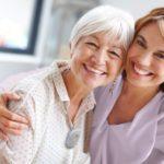 Le choix des parents de vieillir à la maison ne devrait pas causer de stress à leur famille