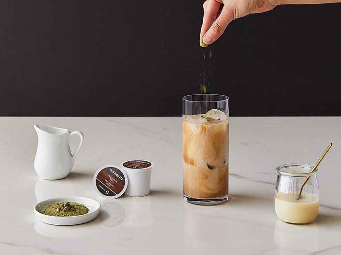 Recette de café glacé avec la cafetière Keurig.