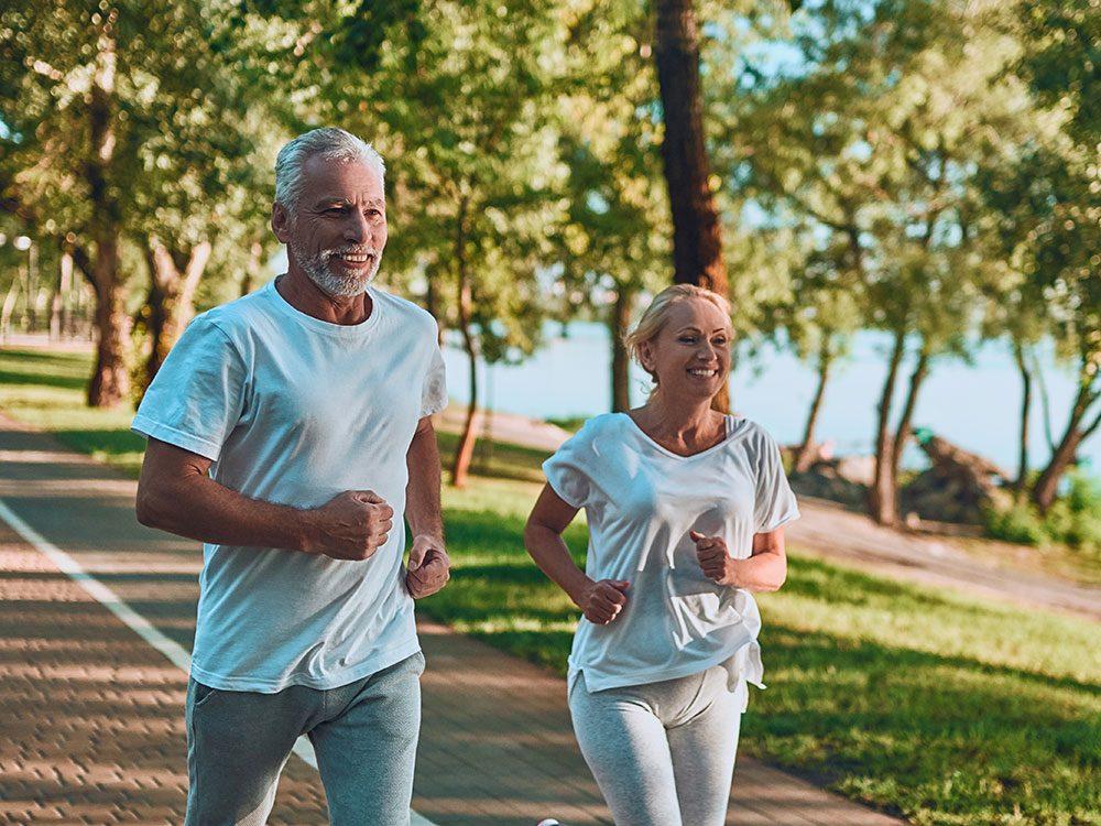 Faire du sport et être en forme après 60 ans, c'est possible!