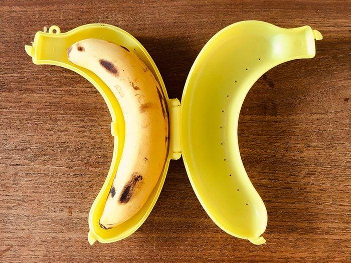 Achetez un garde bananes pour mieux les conserver.